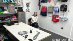 Shoplyfter Madi Laine - Case No. 44782941 - Still Got The Key