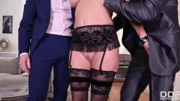 HandsOnHardcore Veronica Avluv Sexy Milf Dpd By Her Customers