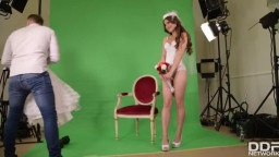 HandsOnHardcore Evelina Darling - Bride Rides Photographers Big Dick