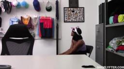 Shoplyfter Jenna Foxx