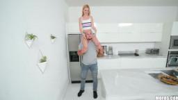 DontBreakMe Kennedy Kressler - Tiny Blonde Snacking On Dick