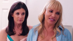GirlsWay India Summer Dana Dearmond And Eliza Ibarra The Edge Of Her Seat