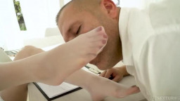 Footsiebabes Cherry Kiss Foot Fetishist Nurse