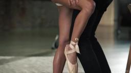 21footart Eveline Dellai The Ballerinas Feet